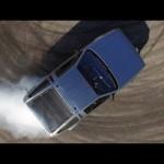 Stanford actualiza un DeLorean: motor eléctrico y conduce sin conductor